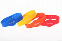 RFID Bracelets Silicone Wristbands Manufacturer NFC Silicon Band