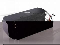 生产销售光伏面板清洁机器人磷酸铁锂电池