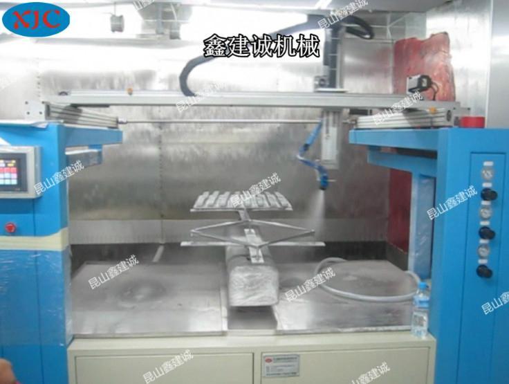 鑫建誠五軸兩盤自動噴漆機 2
