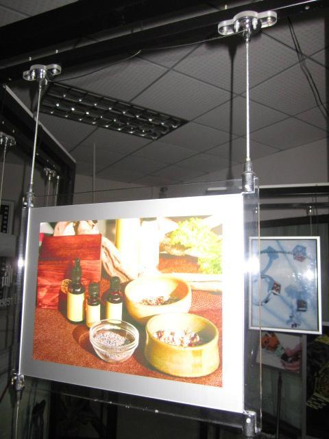 深圳亞克力LED超薄水晶燈箱 2