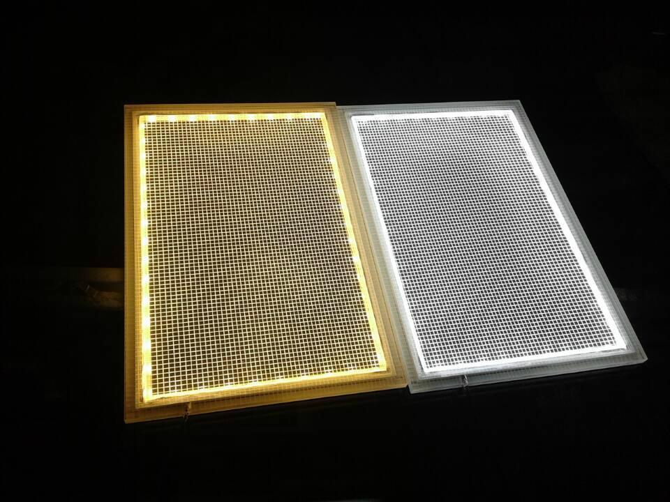 深圳LED雕刻激光打點發光導光板 1