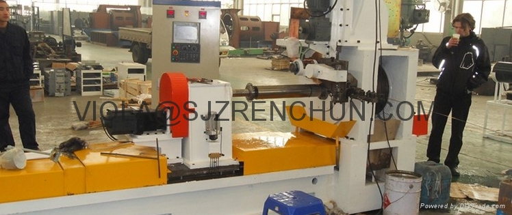 Qualified Wedge Wire Screen Welding Machine in Food and Beverage Industry 1