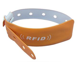 RFID PVC Disposable Wristband 1