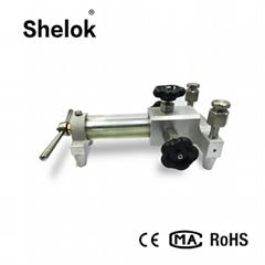 Hand hold pump hydraulic pressure calibrator 4-20ma