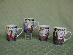 Painted A Beautiful Girl And Coffee Bean Ceramic Mugs