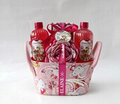 bath gift set for her