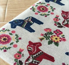 Wholesale beauty Cotton Linen horse print cushion Fabric with low MOQ