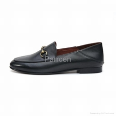 Women's Black Genuine Leather Flat Shoes Manufacturer in China