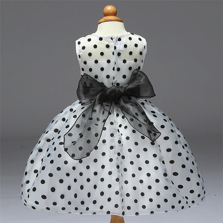 Black and white flower princess girl dress 4