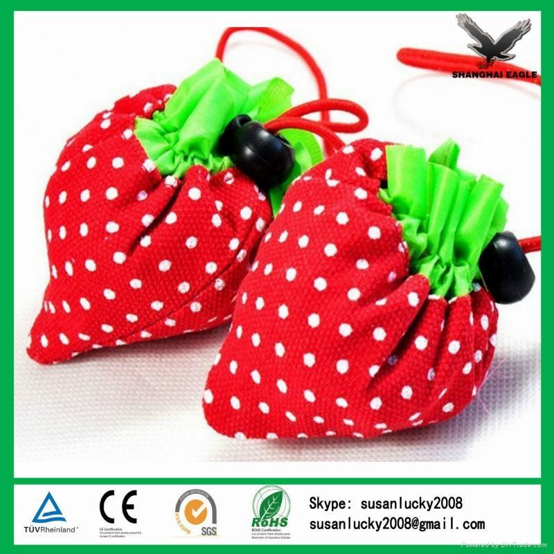 High quality strawberry folding bag 5
