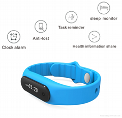 Sport tracking Bluetooth smart bracelet