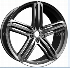 Original car wheels with