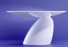 Replica Eero Arranio Fiberglass Parabel Dining Table