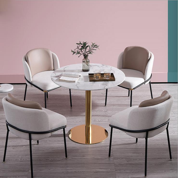 Modern Classic Furniture Fil Noir dining chair by Minotti 2