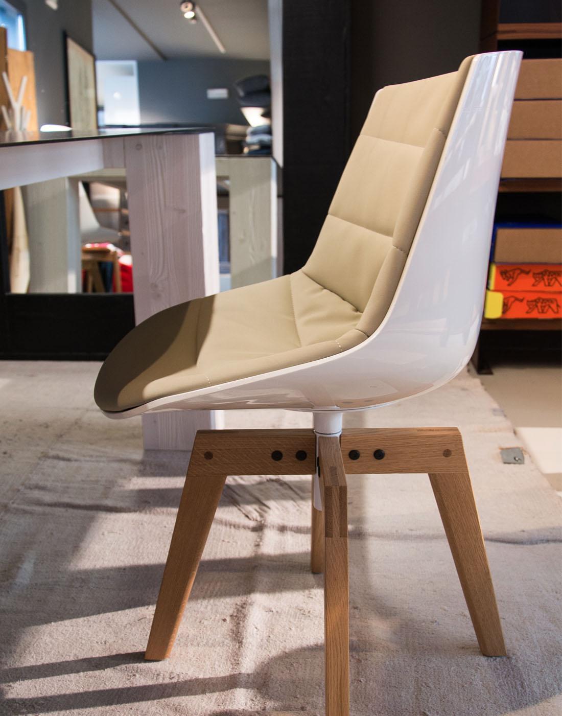 modern design plastic seat flow chair design by Jean Marie Massaud 5