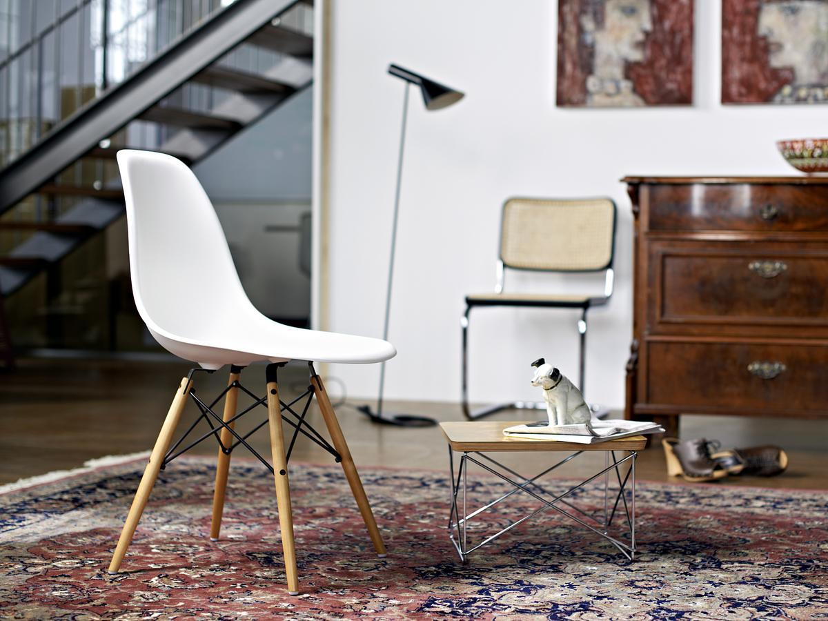 Vitra classic Eames Plastic Side Chair DSW by Ray & Charles Eames 5