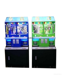 2017 candy slot machine arcade game Magic House doll coin pusher machine for kid