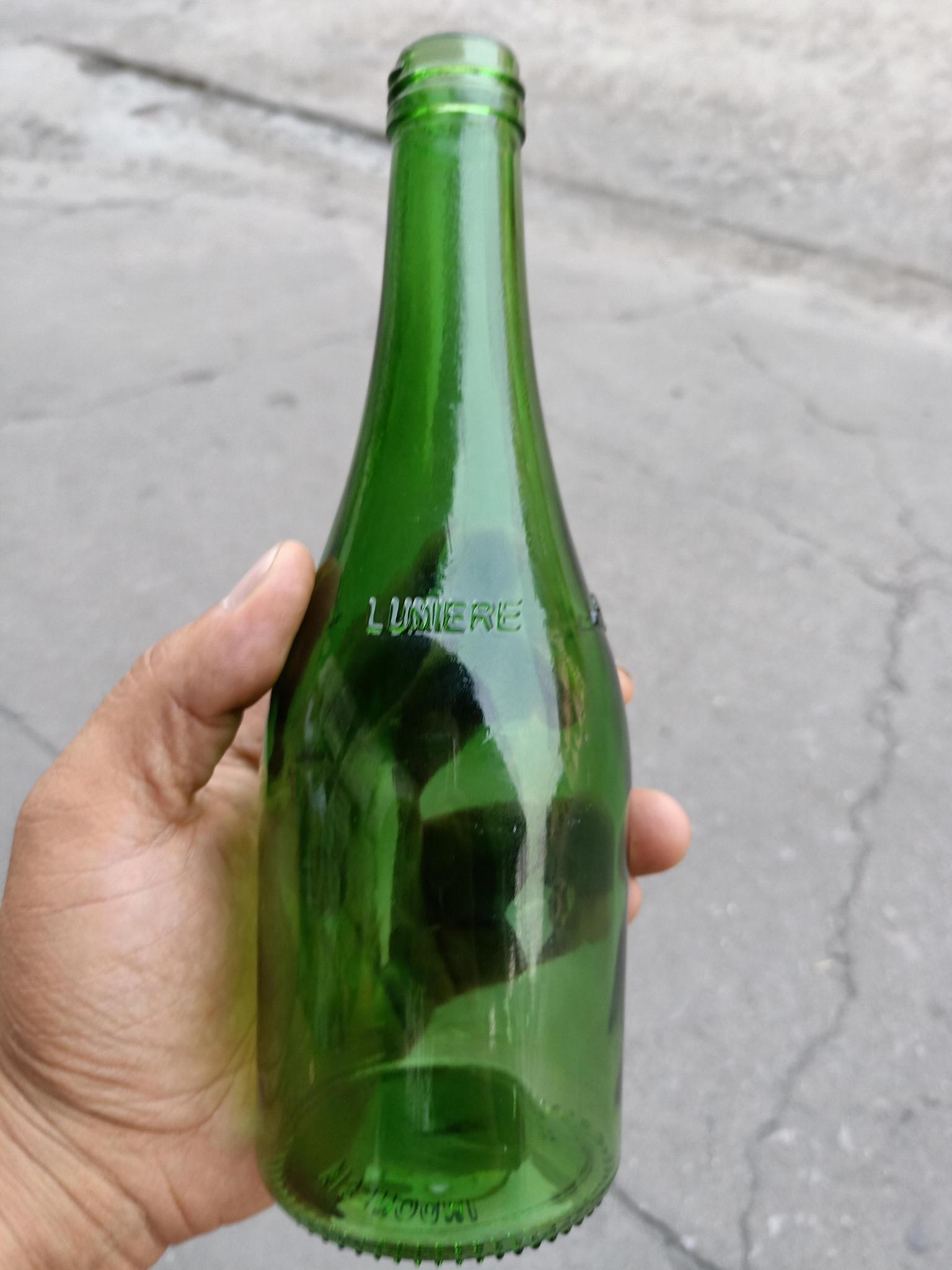 绿色玻璃瓶翠绿玻璃酒瓶 2
