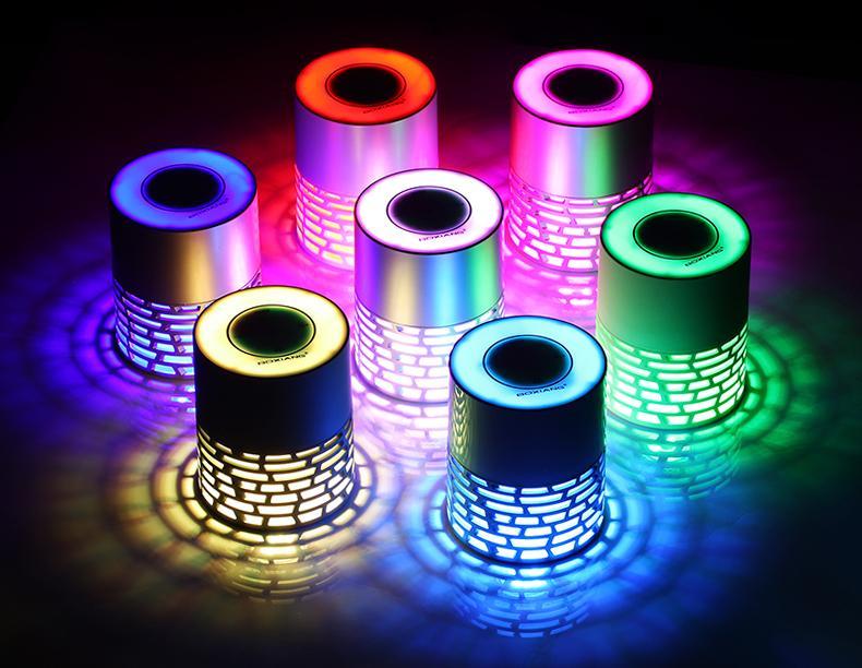 升唱Q5酷炫藍牙音箱觸控插卡便攜彩燈床頭燈藍牙音響 1