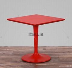 4-6人小户型铝合金餐桌