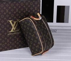 Wholesale 1:1 Louis Vuitton Cosme Pochette Cosmetic Pouch Makeup Bag lv wallet