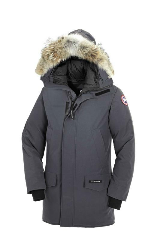 wholesale retail Canada Goose men's and women's outerwear free shipping 11