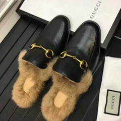 Gucci Slides Gucci Men women Leather Slipper FUR SLIPPER MULE LOAFER SHOES (Hot Product - 1*)