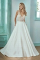Embroidery Ivory wedding dress with