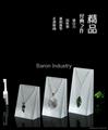 Acrylic necklace pendant displays