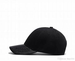 刺绣鸭舌帽子