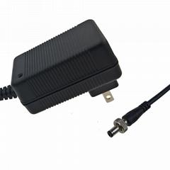 18V1A电源适配器 AC/DC电源适配器