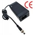 12.6V5A锂电池充电器 电动喷雾充电器 4