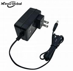 12.6V1.2A充電器 美規充電器 電熱服充電器