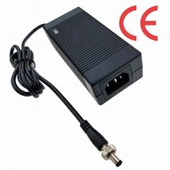 14.4V3A 充電器  電動工具充電器 UL認証充電器