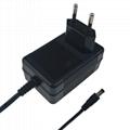 12.6V2A鋰電池充電器 探測器充電器  4