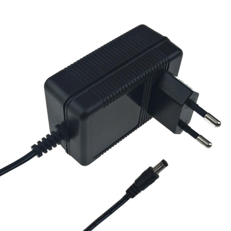 12.6V2A鋰電池充電器 探測器充電器  6