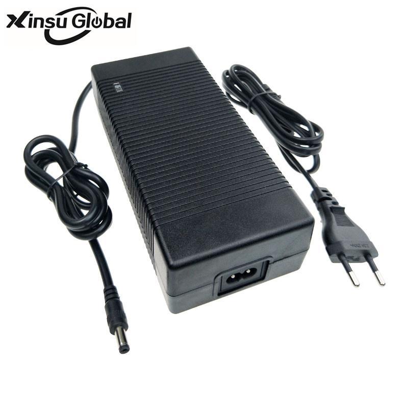 36.5V6A充電器 36.5V踏板車充電器 UL認証36.5V充電器 3