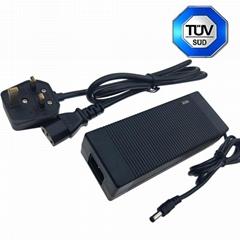 廠家直銷63W 18V3.5A桌面式電源適配器