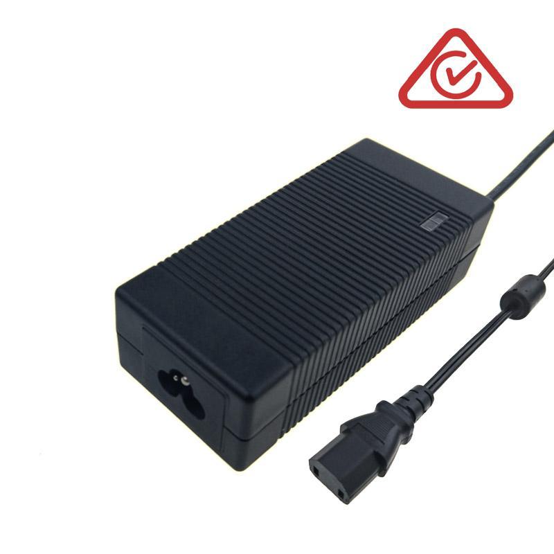 美国UL认证14.6V4A铅酸电池充电器 12V铅酸电池充电器 1