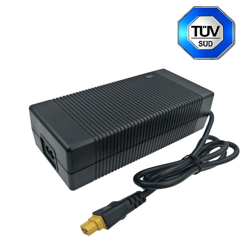 29.2V5A鉛酸電池充電器 電動車充電器 多國認証充電器 2