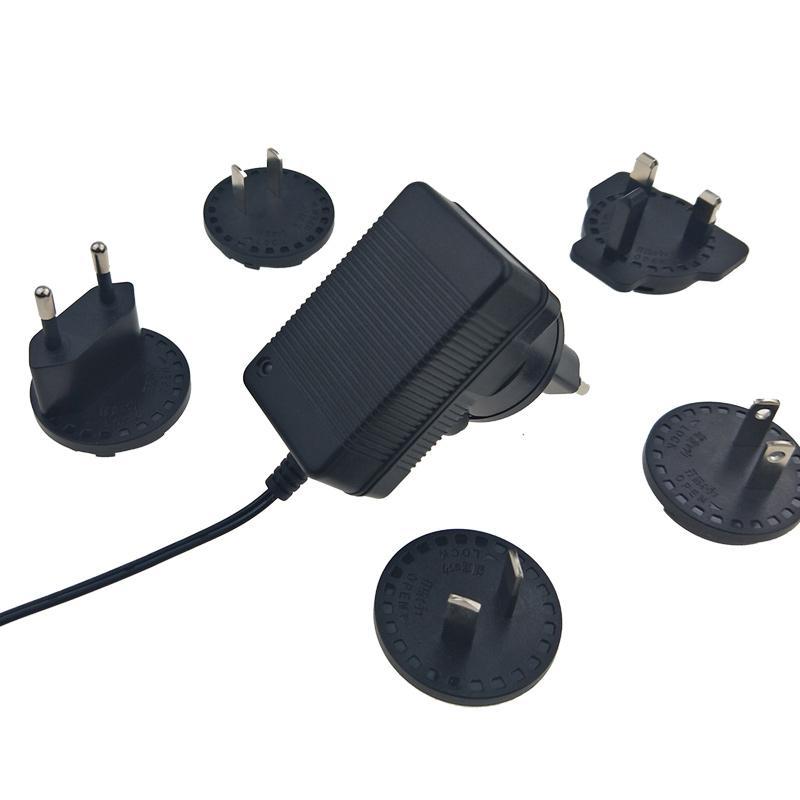 16.8V1A转换插脚锂电池充电器 多国插脚可换充电器 4
