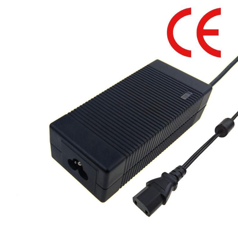 供應優質67.2V3A鋰電池充電器 大功率桌面式充電器 2