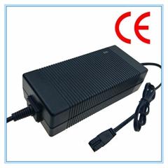 IEC61558认证54.6V2A锂电池充电器 13串锂电池组充电器