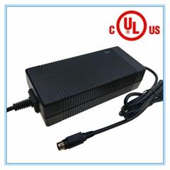 美國UL FCC認証71.4V3A鋰電池充電器 17串鋰電池