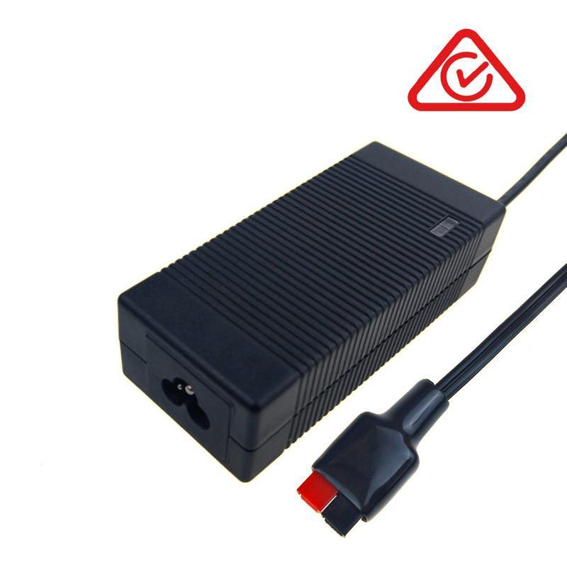UL GS PSE CE SAA认证12V4A铅酸电池充电器 1