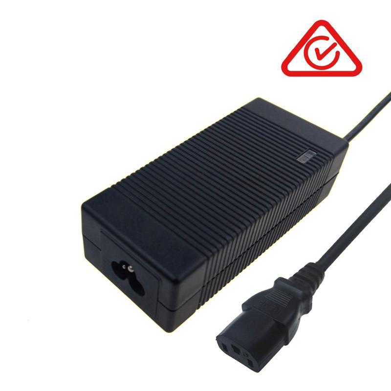 UL GS PSE CE SAA认证12V4A铅酸电池充电器 2