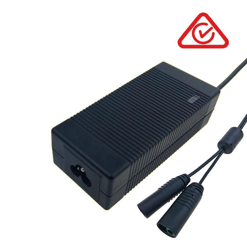 UL GS PSE CE SAA认证12V4A铅酸电池充电器 3