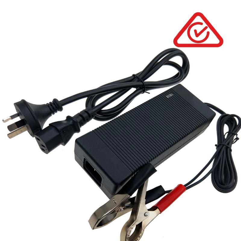電源廠家批發22V5A磷酸鐵鋰電池充電器 安規認証充電器 2