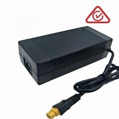 24V电池充电器 29.2V5A磷酸铁锂电池充电器