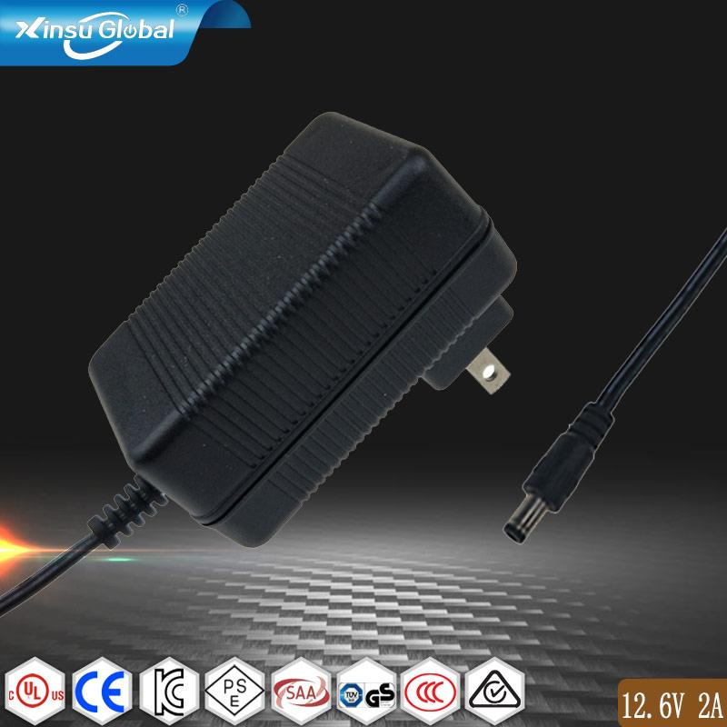 UL62368-1 認証12.6V1A鋰電池充電器 插牆式充電器 3